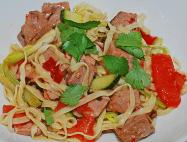Spicy beef noodle salad